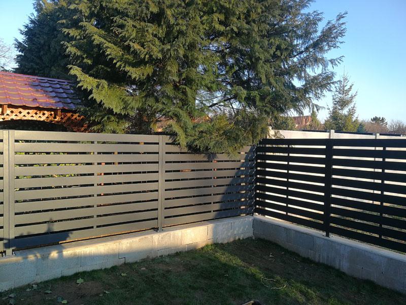 Antracit Vario kerítés